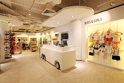Retail Store Interior Design Mums and Babes | D'Marvel Scale Singapore